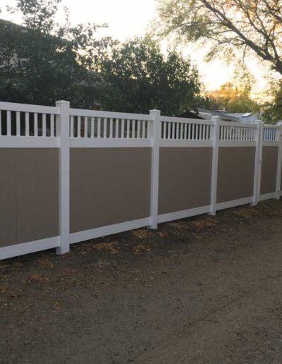 brownwwhitetrim-vinyl-fence-regina
